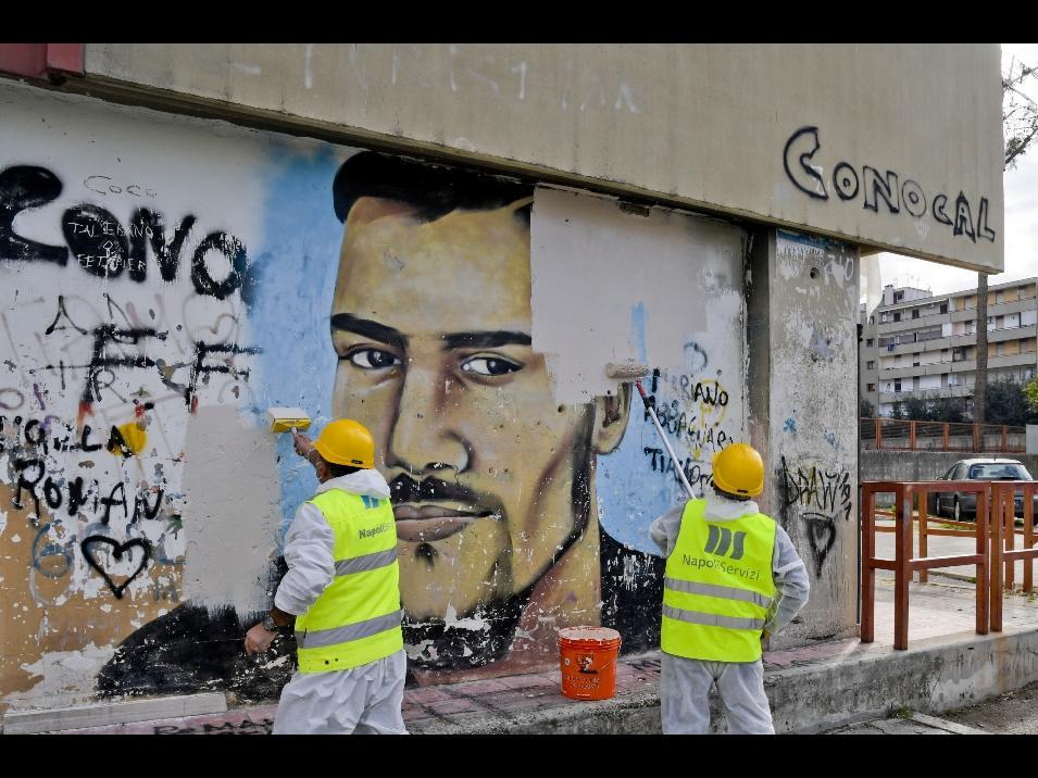 Camorra:a Napoli cancellato murales in rione roccaforte clan - Primo Piano  - Alto Adige