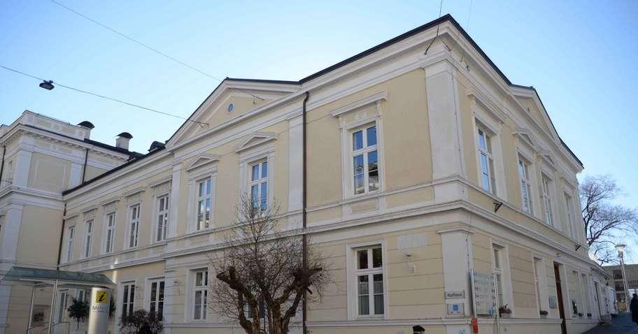 Azienda di soggiorno blitz sui gettoni di presenza for Azienda di soggiorno bolzano