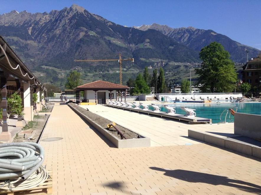 Lido di merano ecco le nuove piscine foto alto adige - Piscine alto adige ...