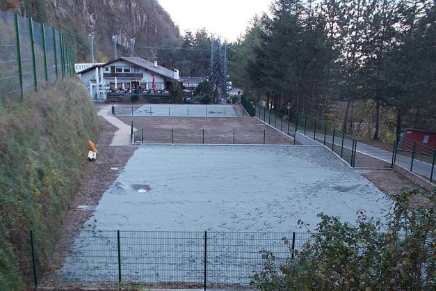 Al posto dei campi da tennis arrivano quelli di beach volley