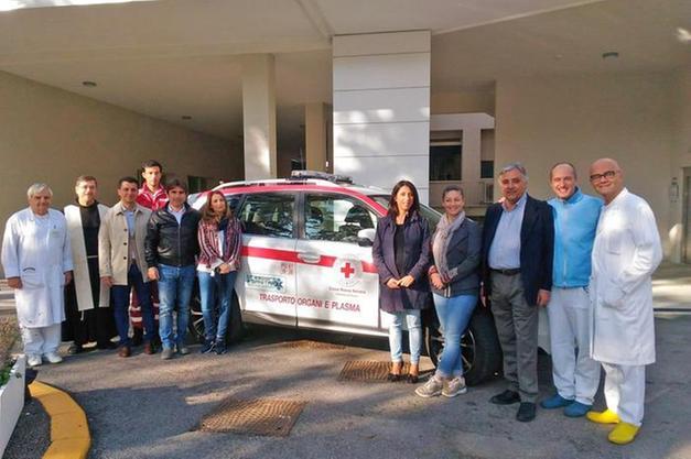 Sanita Pesaro Nuovo Automezzo Trasporto Organi E Plasma Salute E Benessere Alto Adige