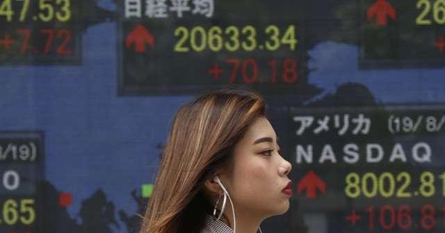 Borsa: Tokyo, apertura in lieve rialzo