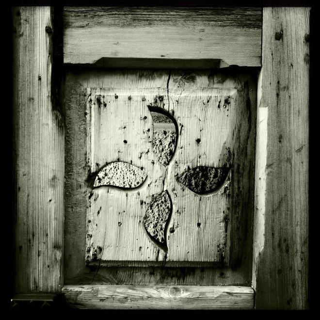 Legno Bianco E Nero : Porte in legno il fascino del bianco e nero bolzano alto adige